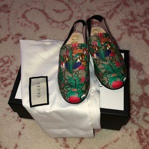 NEW Kids Gucci shoes🎁